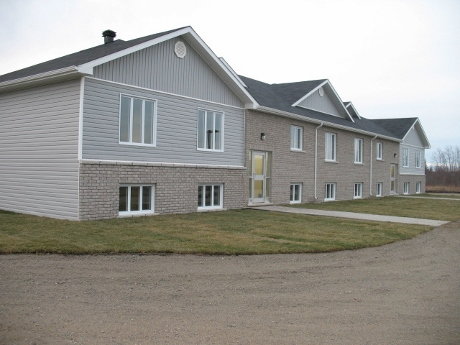 Cochrane multi-unit complex